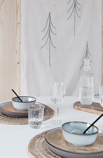 NOYR tiny house gedekte tafel