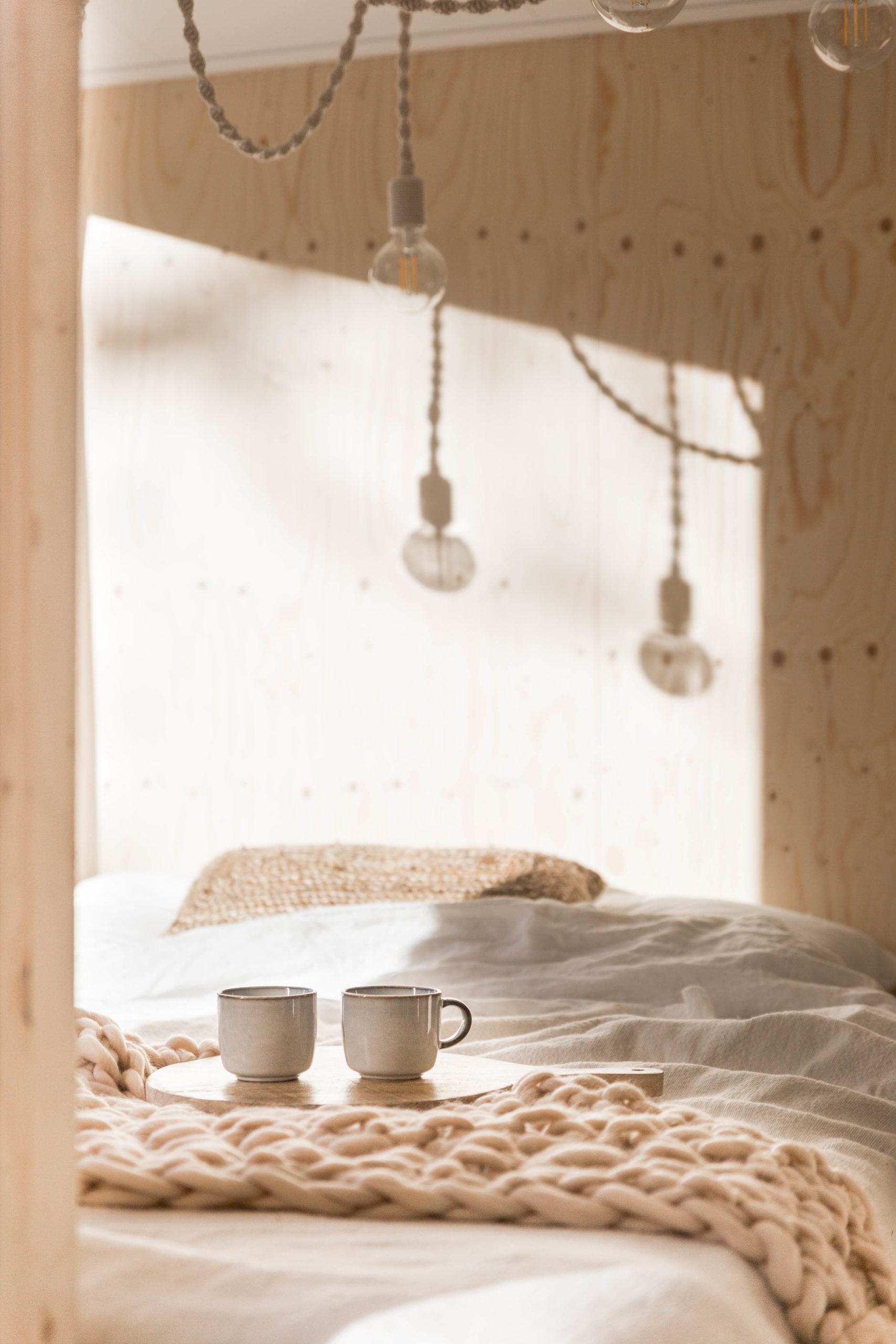 NOYR tiny house - cosy bed